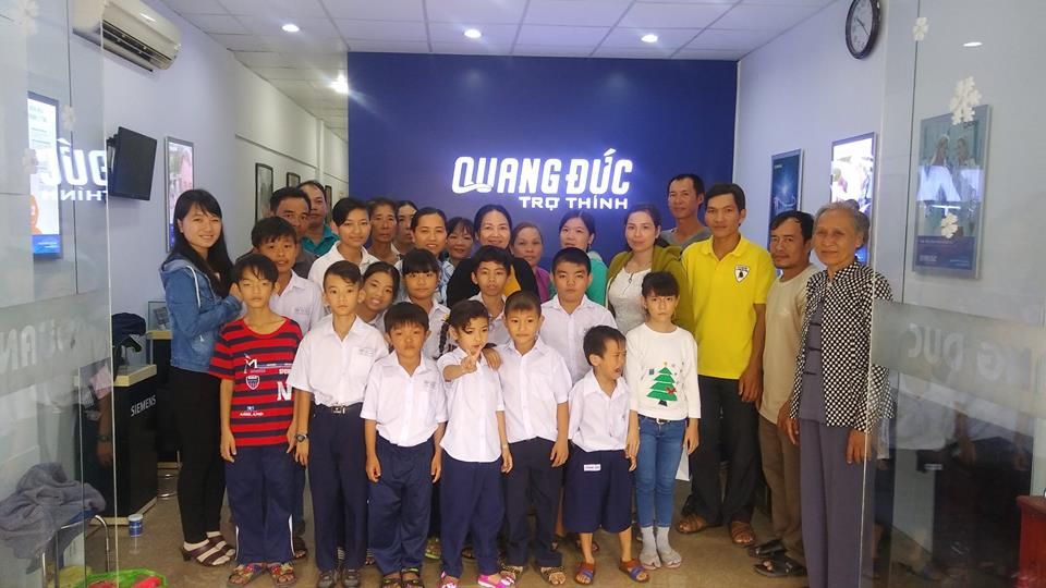 Tặng máy trợ thính cho học sinh nghèo Đồng Tháp 14.01.18