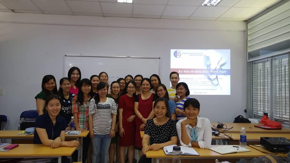 Key Word Sign Language Training 26.03.18